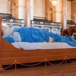 Grandmother Giant St George's Hall full length